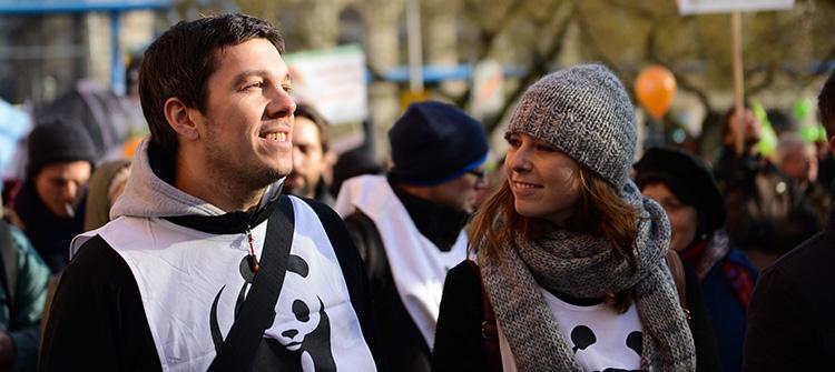 Demonstartion mit WWF-Aktivisten (Stefan Schulze und Melanie Gömmel)