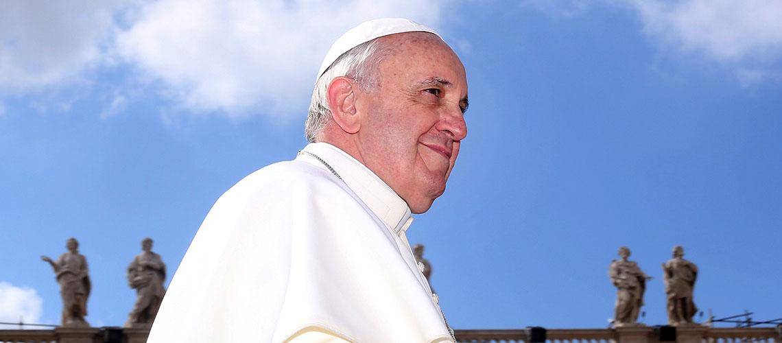 Papst Franziskus findet klare Worte: Wir Menschen sind für den Klimawandel verantwortlich und stehen demnach auch in der Pflicht, etwas dagegegen zu unternehmen. © iStock / Getty Images