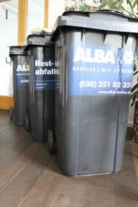 Drei Mülltonnen voller Lebensmittel werden in Deutschland pro Sekunde einfach weggeschmissen. © Robert Günther / WWF