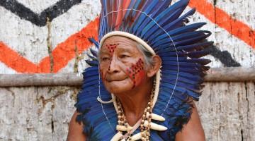 Indigenous Tribe (c) Dirk Embert / WWF