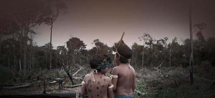 Indigene im Amazonasgebiet © picture alliance