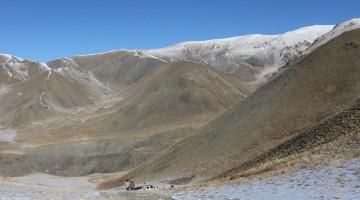 Jargalant-Gebirge in der Mongolei: Der Schnee-Leopard kann hier überall sein.