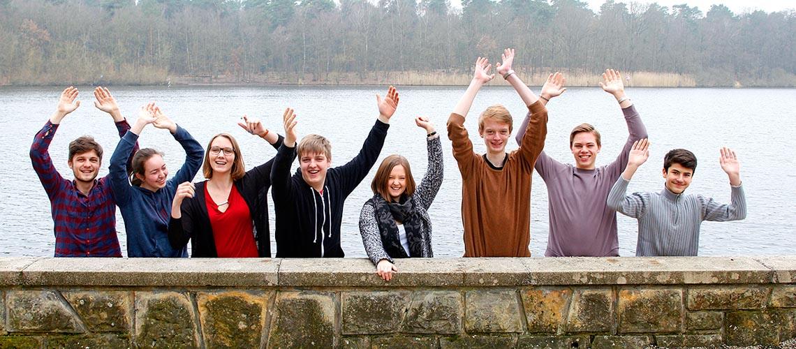 Hände hoch für den Klimaschutz! © Arnold Morascher / WWF