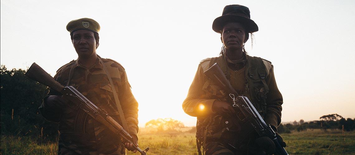 Morgenpatrouille der Ranger Doreen und Teresa im Nairobi National Park in Kenia. © Jonathan Caramanus / Green Renaissance
