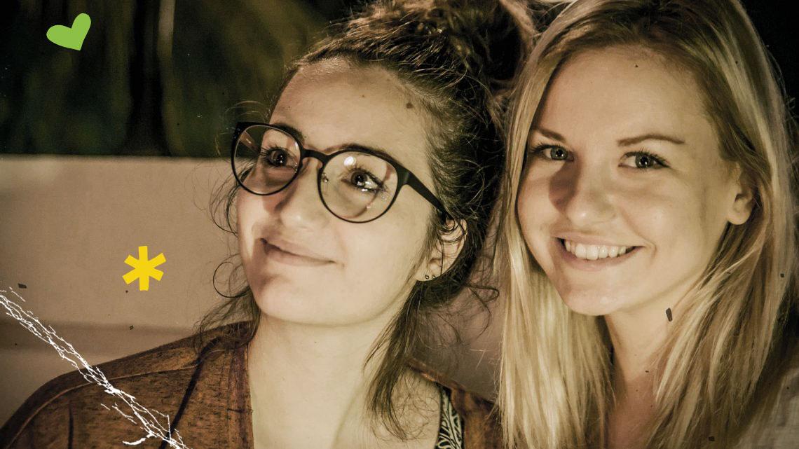 Aufregend: Kelly und Jodie in Daressalam © Melanie Gömmel / WWF