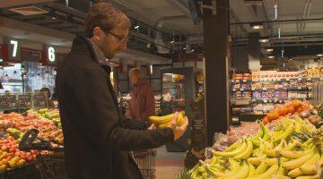 """Als Experte für die ZDF-Sendung """"planet e"""" im Supermarkt: Thilo Pommerening vom WWF Deutschland über den Einfluss des Klimawandels auf unsere Lebensmittel"""
