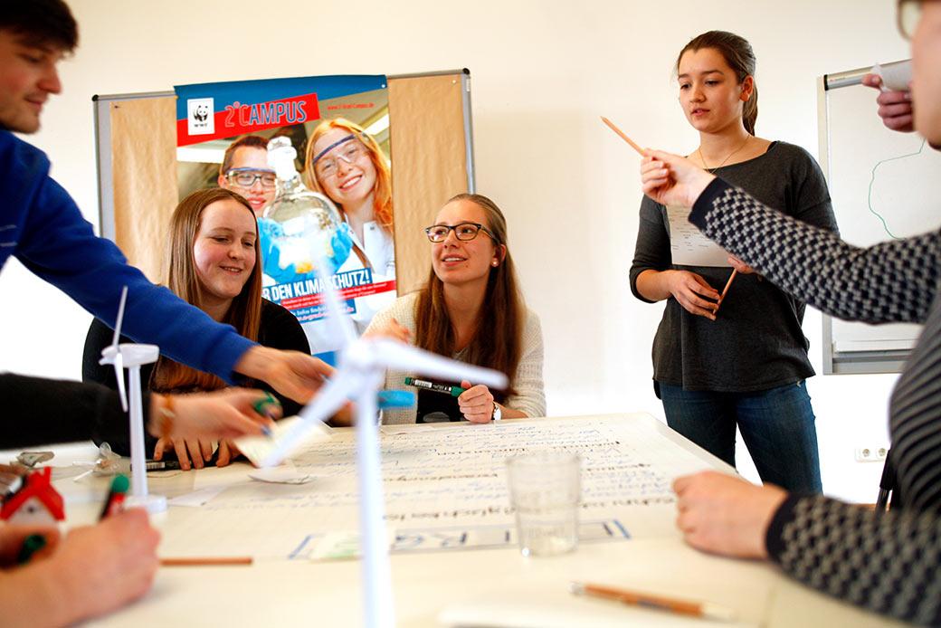 Team Energie: Brainstormen über den Strom der Zukunft ©Arnold Morascher / WWF