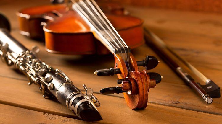 Ob in einem Instrument illegales Tropenholz verbaut wurde, sieht man nicht unbedingt auf den ersten Blick © iStock / getty images