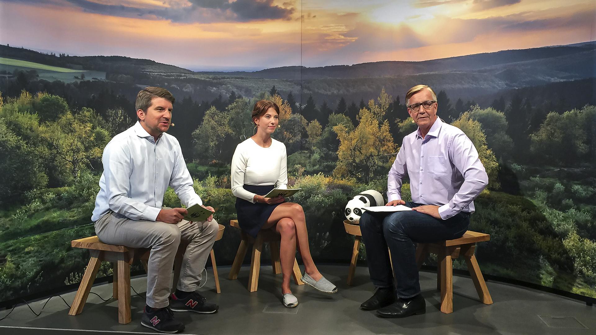 Dietmar Bartsch von Die Linke im Interview mit Marco Vollmar und Melanie Gömmel zur Bundestagswahl © WWF Deutschland