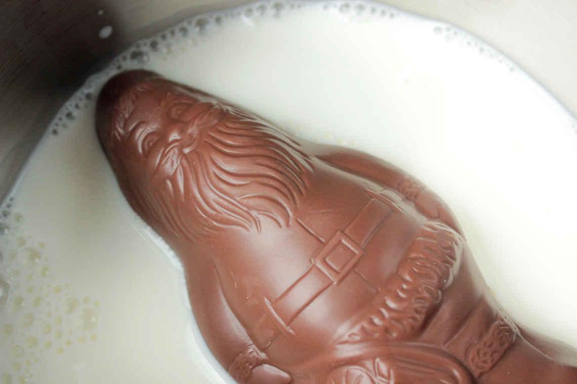 Reste: Weihnachtsmann in Milch