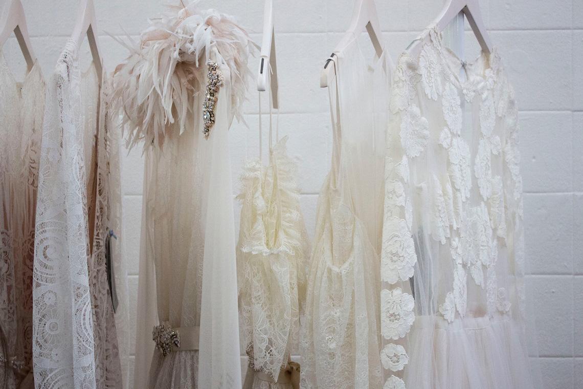 """Green Wedding heißt auch: Nachhaltige Materialien für das Brautkleid - oder besser noch Upcycling, """"aus alt mach neu"""""""