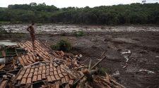 Der Tod kam zum Mittag: Dammbruch in der Erzmine im brasilianischen Brumadinho. © Leo Correa / picture alliance / AP Photo