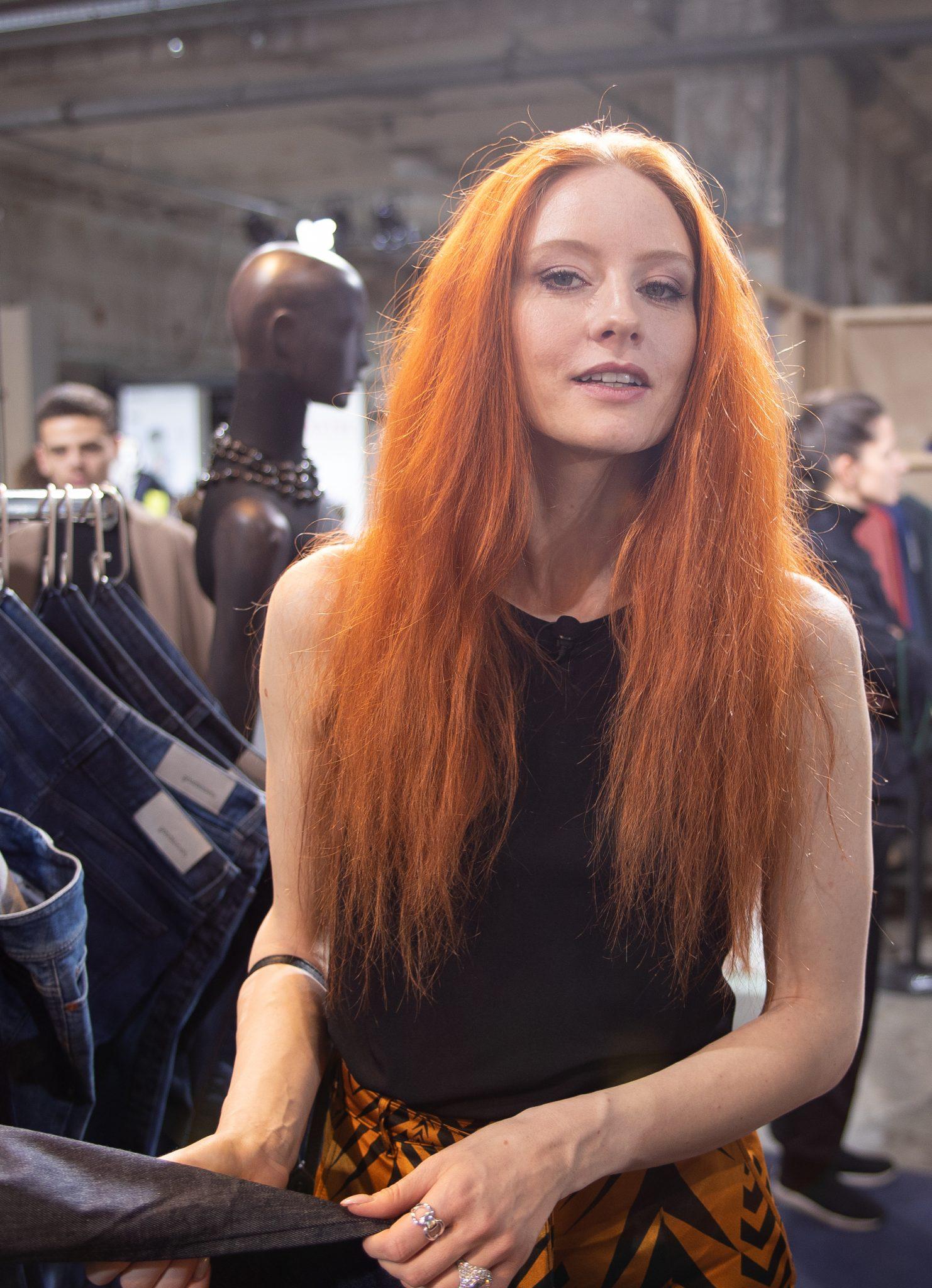 Barbara Meier hat sich auf der Fashion-Week nach nachhaltiger Mode umgeschaut. © Foto: Julia Thiemann / WWF