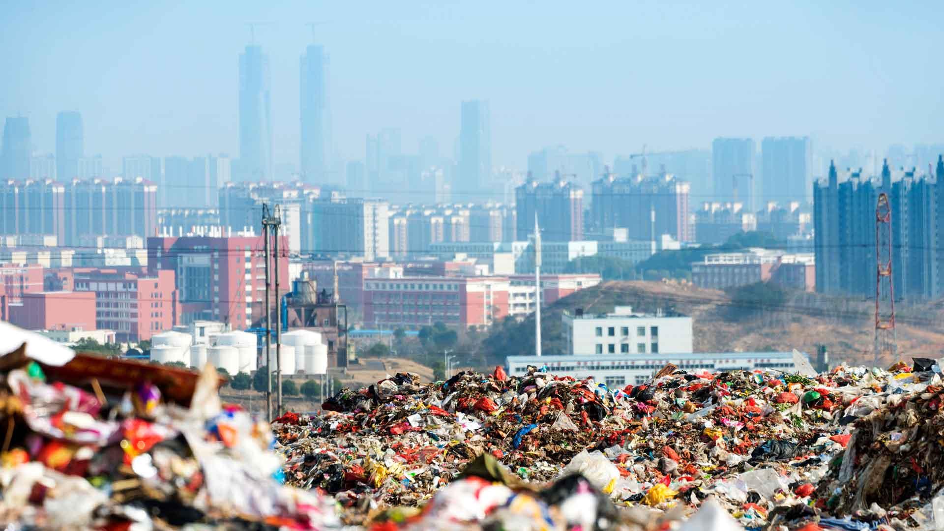 Wir Menschen müssen emissionsfrei und im Einklang mit den Ressourcen der Erde leben. © i Stock / Getty Images