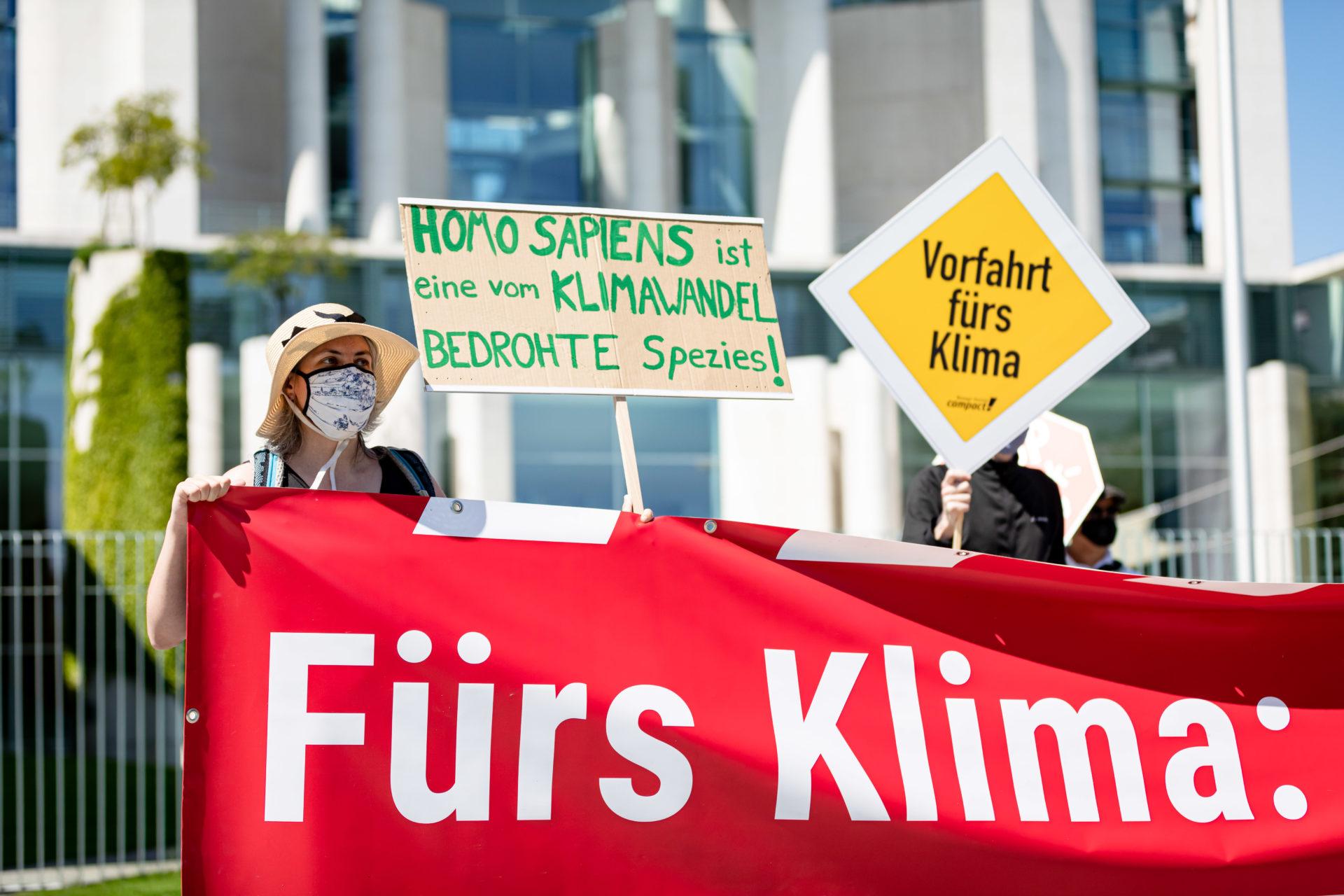 Klimastreik: Demo vor dem Kanzleramt