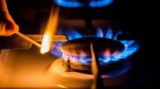 Gas Preise sind hoch: Gasherd Gasflamme